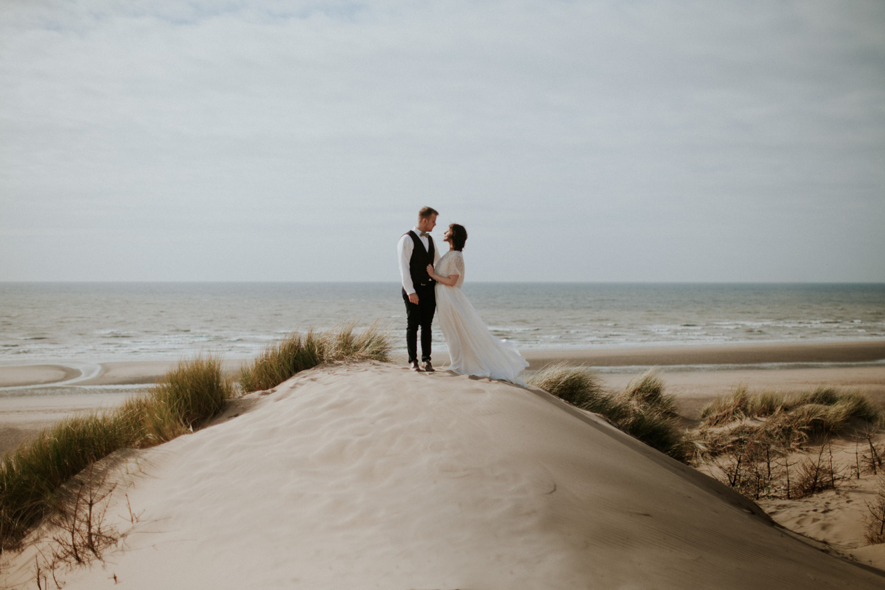 Loved up Liverpool Wedding