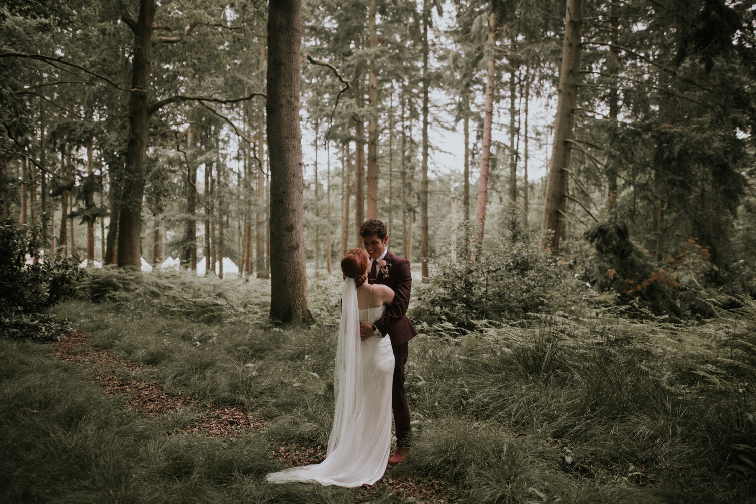 Woodland wedding in Wasing Estate, Berkshire